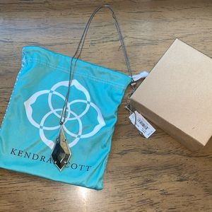 Kendra Scott Jewelry - Kendra Scott Damon Long Pendant Necklace